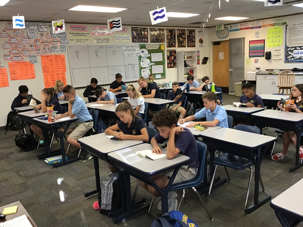 What's New For Spanish This Year:  Silent Sustained Reading(SSR)